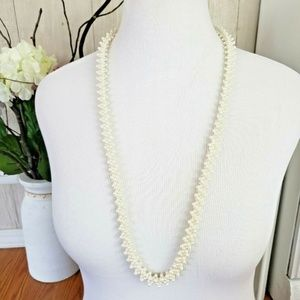 Vintage Womens Necklace Seed Pearl